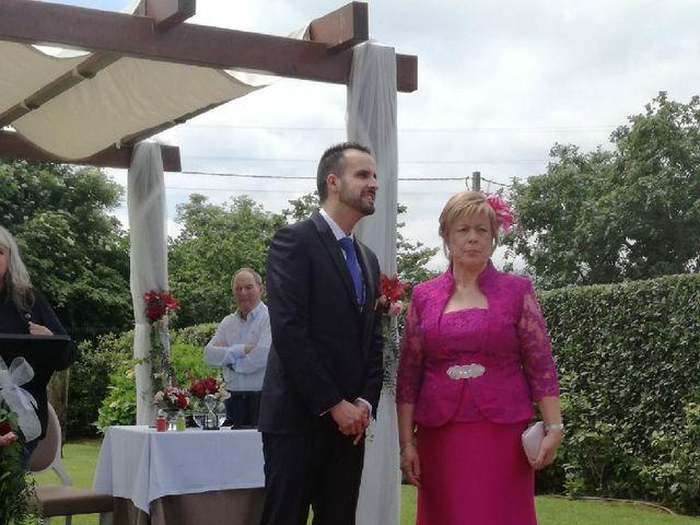 La boda de Dani y Tania en Quintueles, Asturias 27