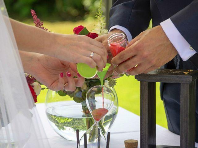 La boda de Dani y Tania en Quintueles, Asturias 52