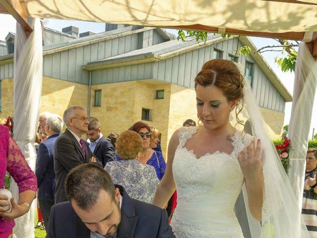 La boda de Dani y Tania en Quintueles, Asturias 55