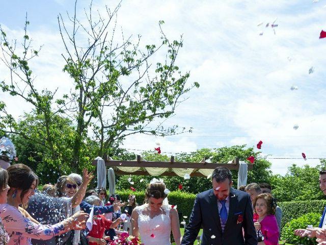 La boda de Dani y Tania en Quintueles, Asturias 57