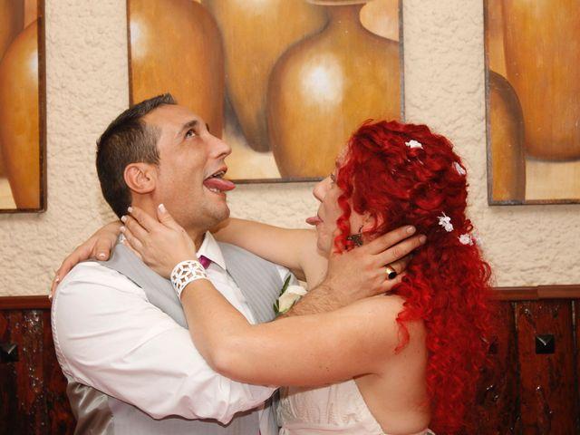 La boda de Javi y Son en Getafe, Madrid 31
