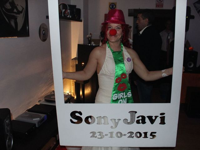 La boda de Javi y Son en Getafe, Madrid 33