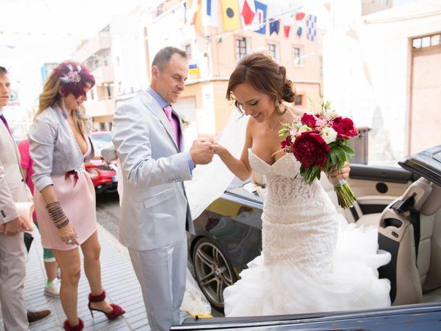 La boda de Juan y Lucía en San Bartolome De Tirajana, Las Palmas 15