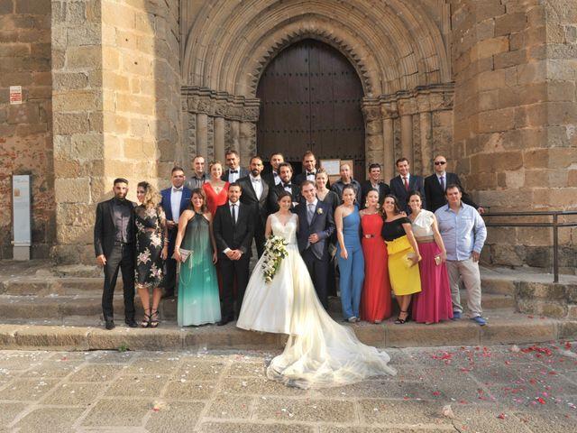 La boda de Luis Miguel y Elisa en Plasencia, Cáceres 52