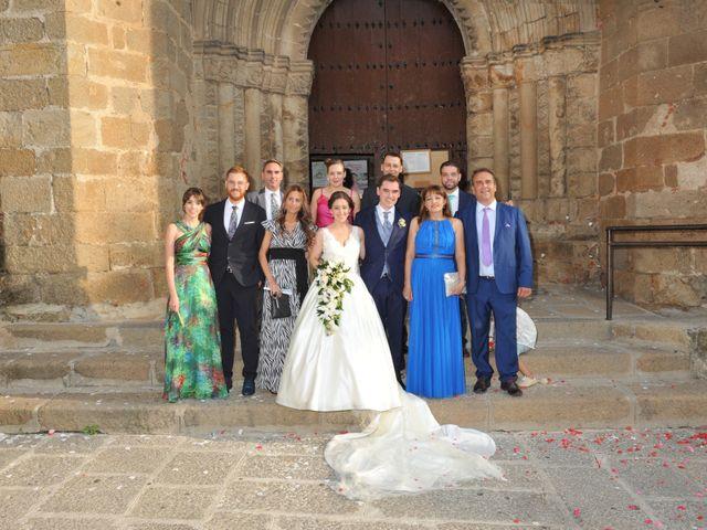 La boda de Luis Miguel y Elisa en Plasencia, Cáceres 53