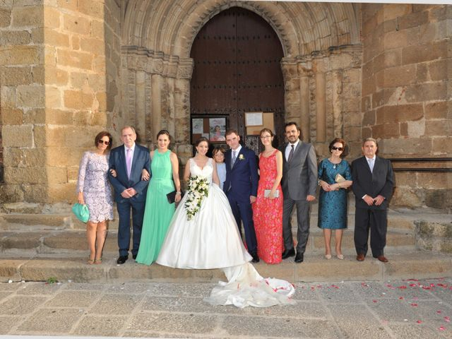 La boda de Luis Miguel y Elisa en Plasencia, Cáceres 58
