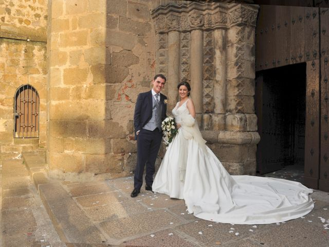La boda de Luis Miguel y Elisa en Plasencia, Cáceres 63