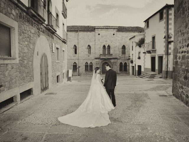 La boda de Luis Miguel y Elisa en Plasencia, Cáceres 64