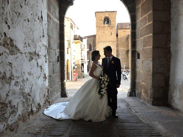 La boda de Luis Miguel y Elisa en Plasencia, Cáceres 82