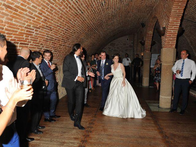 La boda de Luis Miguel y Elisa en Plasencia, Cáceres 112