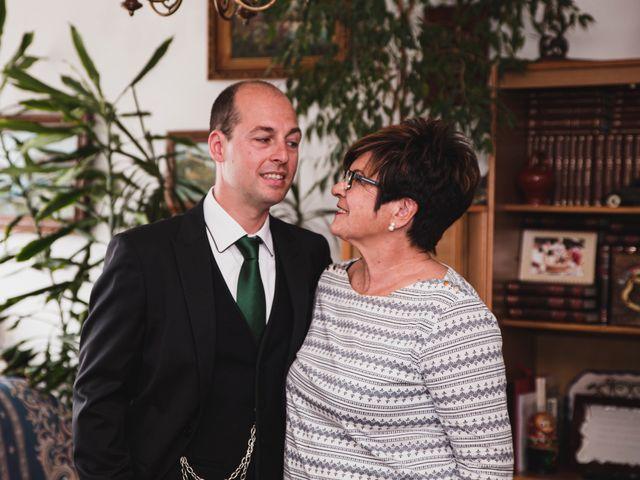 La boda de Patxi y Ariane en Bakio, Vizcaya 32