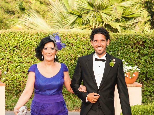 La boda de David y Pilar en Castelló/castellón De La Plana, Castellón 13