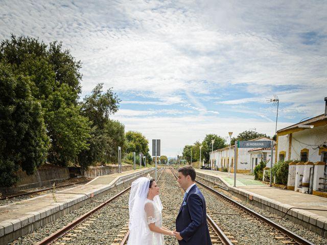 La boda de Paco y Lorena en Castellar De La Frontera, Cádiz 74