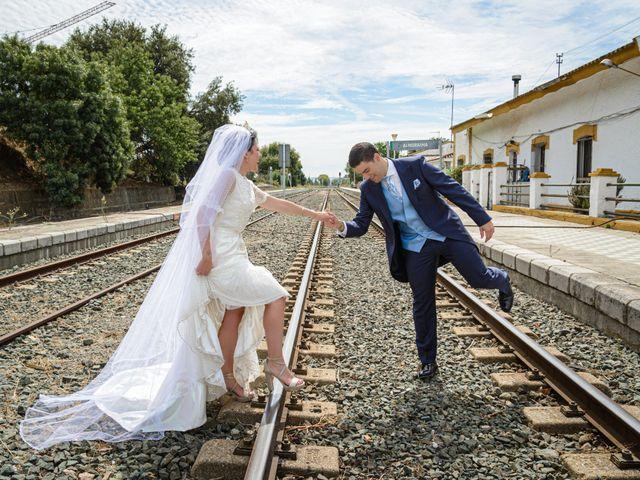 La boda de Paco y Lorena en Castellar De La Frontera, Cádiz 75