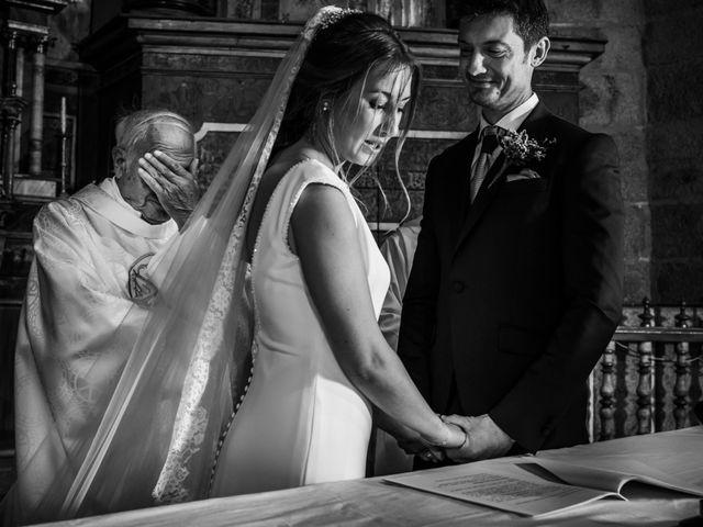 La boda de Miguel y Myriam en Avilés, Asturias 12