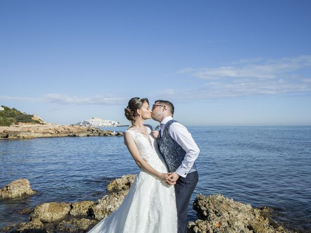 La boda de Jaime  y Cristina  en Castelló/castellón De La Plana, Castellón 47
