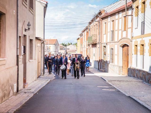 La boda de Sandra y Juan en Navas De Oro, Segovia 18