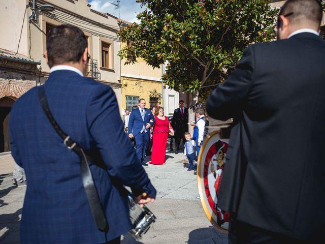 La boda de Sandra y Juan en Navas De Oro, Segovia 21