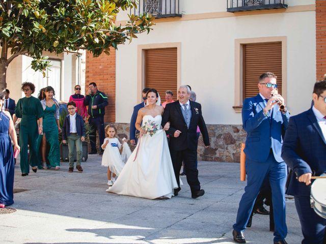 La boda de Sandra y Juan en Navas De Oro, Segovia 24
