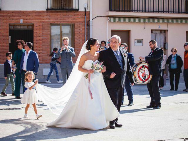 La boda de Sandra y Juan en Navas De Oro, Segovia 25