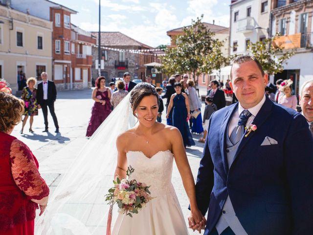 La boda de Sandra y Juan en Navas De Oro, Segovia 27