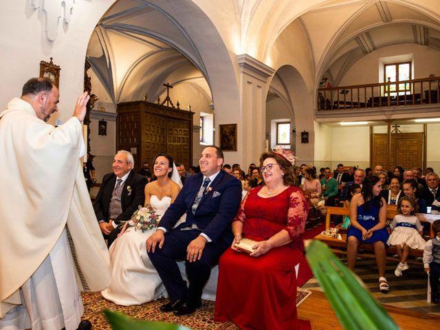 La boda de Sandra y Juan en Navas De Oro, Segovia 30