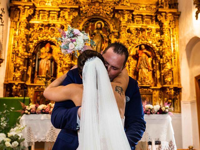 La boda de Sandra y Juan en Navas De Oro, Segovia 41