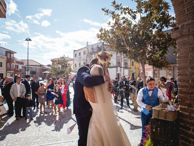 La boda de Sandra y Juan en Navas De Oro, Segovia 45