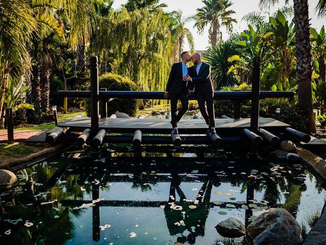 La boda de Borja y Alejandro en Santi Petri, Cádiz 27