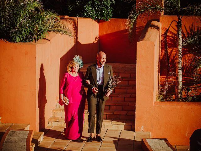 La boda de Borja y Alejandro en Santi Petri, Cádiz 39