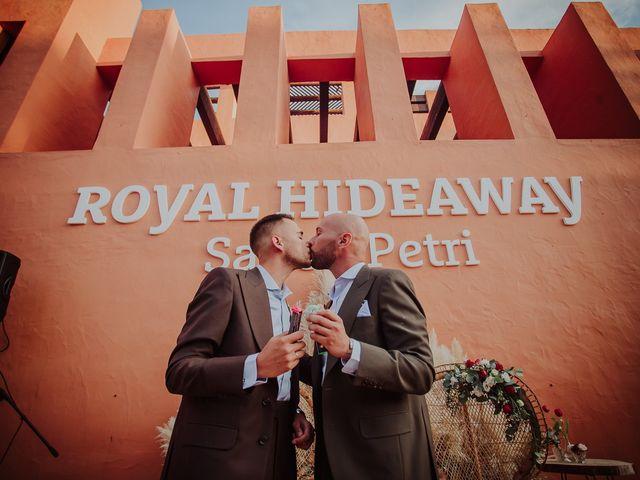 La boda de Borja y Alejandro en Santi Petri, Cádiz 43