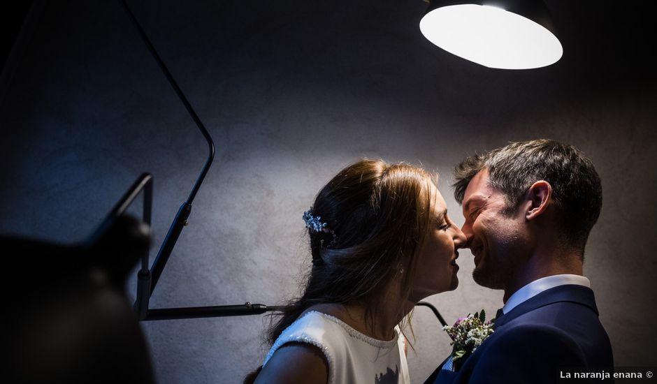 La boda de Miguel y Myriam en Avilés, Asturias