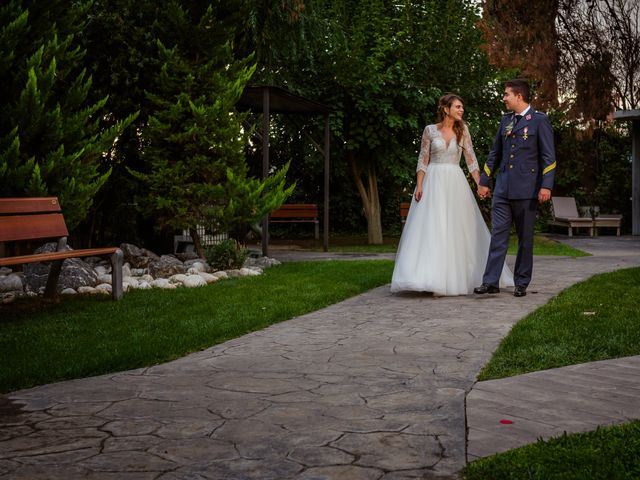 La boda de Daniel y Marta en Zaragoza, Zaragoza 32