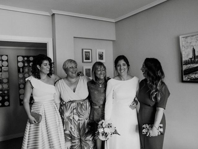 La boda de Javi y Alaitz en Bilbao, Vizcaya 59