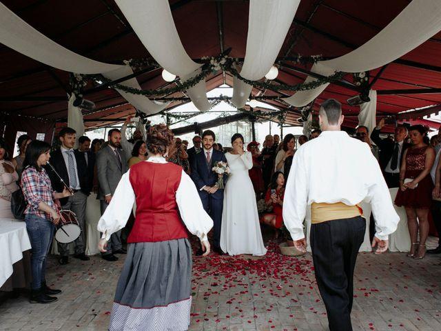 La boda de Javi y Alaitz en Bilbao, Vizcaya 98