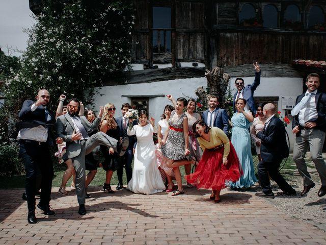 La boda de Javi y Alaitz en Bilbao, Vizcaya 105