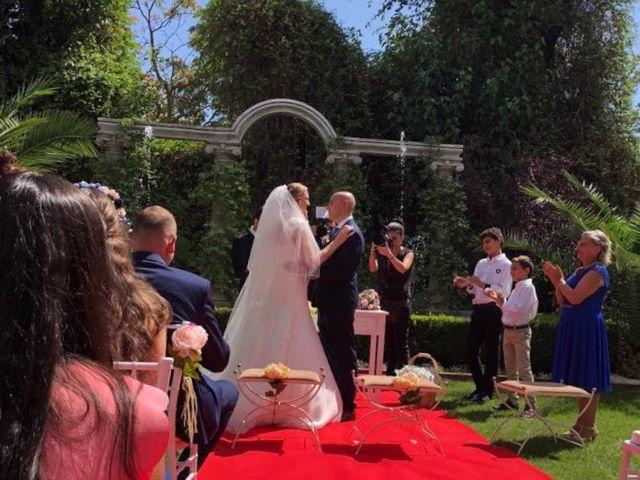 La boda de Javier y Loredana en Madrid, Madrid 3