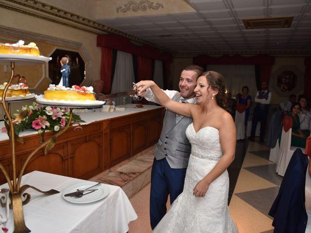 La boda de Fran y MariCarmen en Tolox, Málaga 16