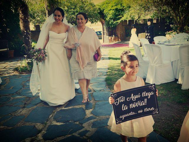 La boda de Genis y Guadalupe en Cáceres, Cáceres 32