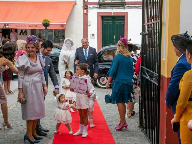La boda de Antonio y Isabel María en Aznalcazar, Sevilla 6