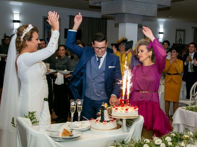 La boda de Antonio y Isabel María en Aznalcazar, Sevilla 17