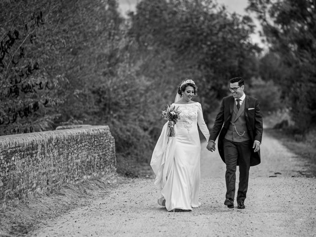 La boda de Antonio y Isabel María en Aznalcazar, Sevilla 27