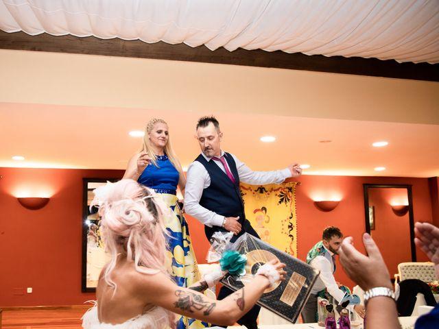 La boda de Hector y Noemi en Gijón, Asturias 104