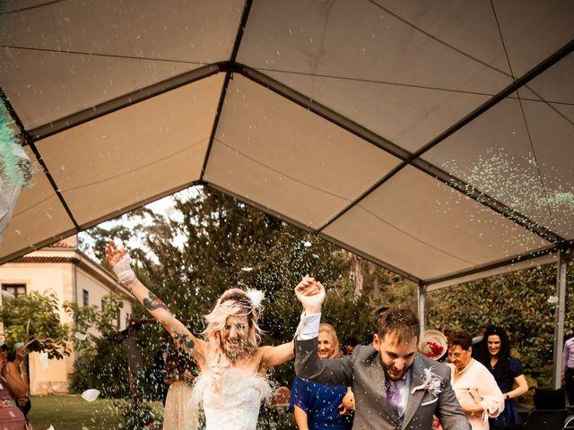 La boda de Hector y Noemi en Gijón, Asturias 74
