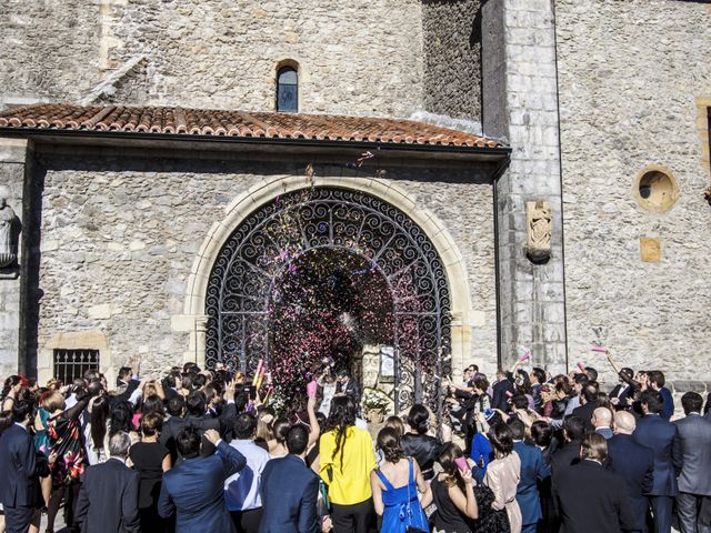 La boda de Beatriz y Pedro en Escalante, Cantabria 19