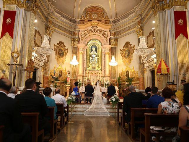La boda de Juan  y Rocio  en Castelló/castellón De La Plana, Castellón 36