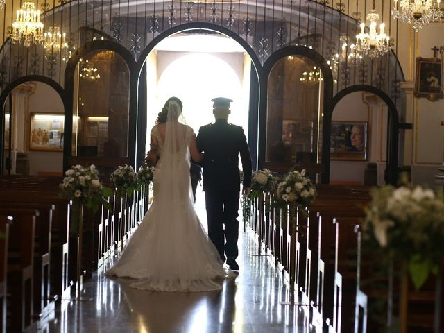 La boda de Juan  y Rocio  en Castelló/castellón De La Plana, Castellón 37