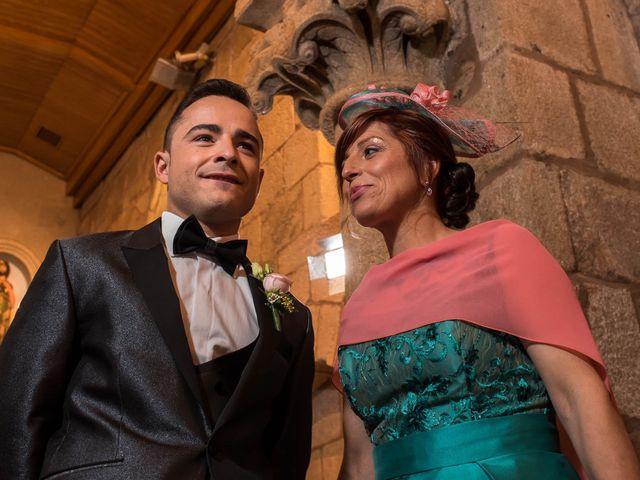 La boda de Rubén y Jessica en O Rosal (Couso), Pontevedra 24