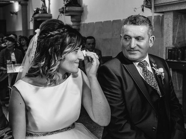 La boda de Rubén y Jessica en O Rosal (Couso), Pontevedra 26