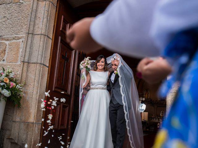 La boda de Rubén y Jessica en O Rosal (Couso), Pontevedra 27